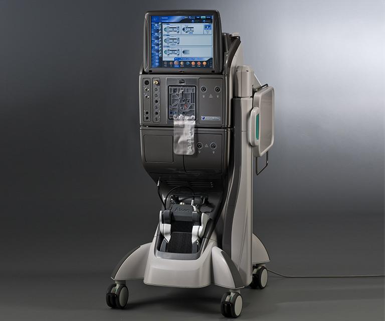 超音波白内障・硝子体手術装置
